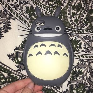 Accessories - Totoro iPhone 5s case